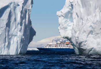 MS Sea Spirit von Poseidon Expeditions © John Bozinov